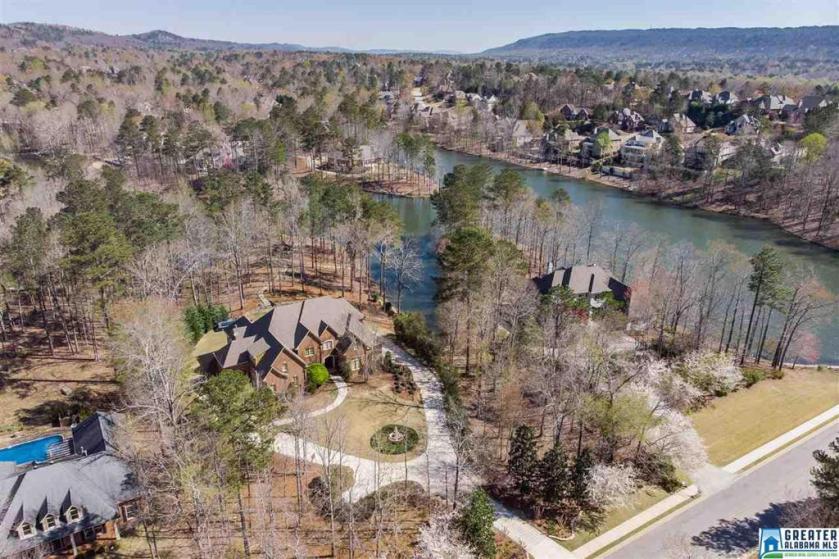 Property for sale at 227 Highland Lakes Dr, Birmingham,  Alabama 35242