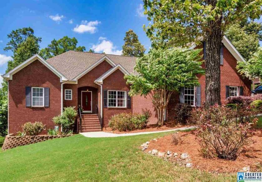 Property for sale at 109 Timber Ridge Dr, Alabaster,  Alabama 35007