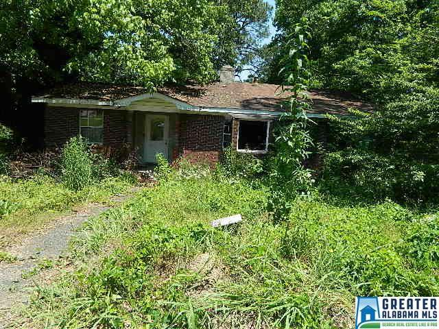 Property for sale at 501 Seminole Dr, Fairfield,  Alabama 35064