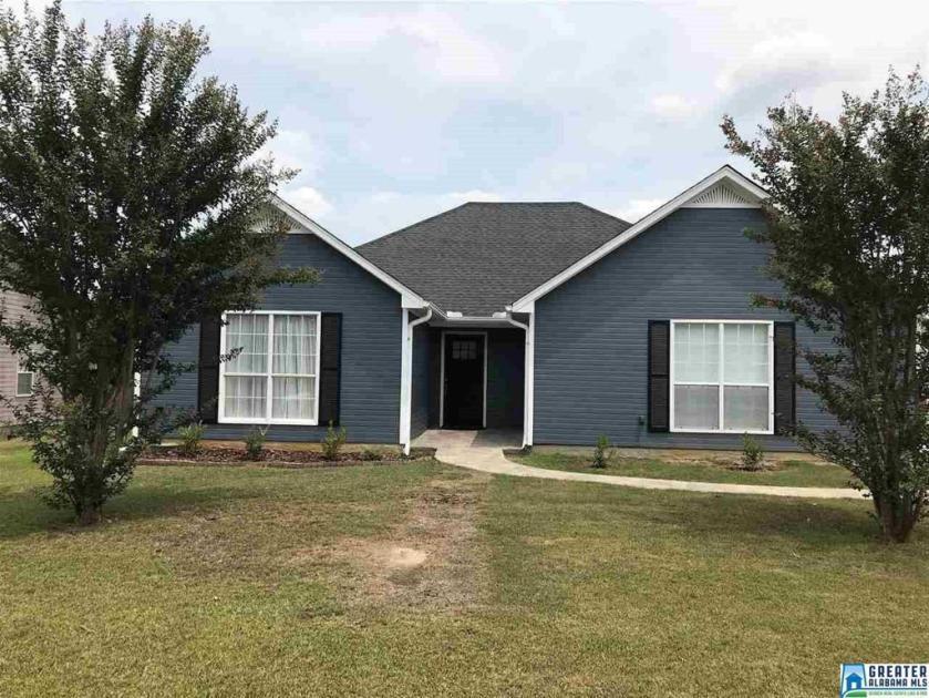 Property for sale at 1186 King Arthur Ct, Alabaster,  Alabama 35007