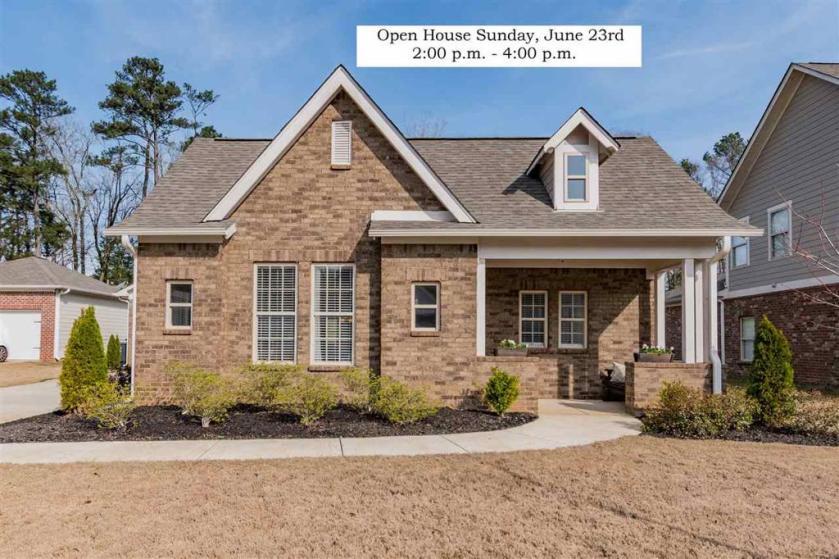 Property for sale at 129 Keeneland Green, Pelham,  Alabama 35124