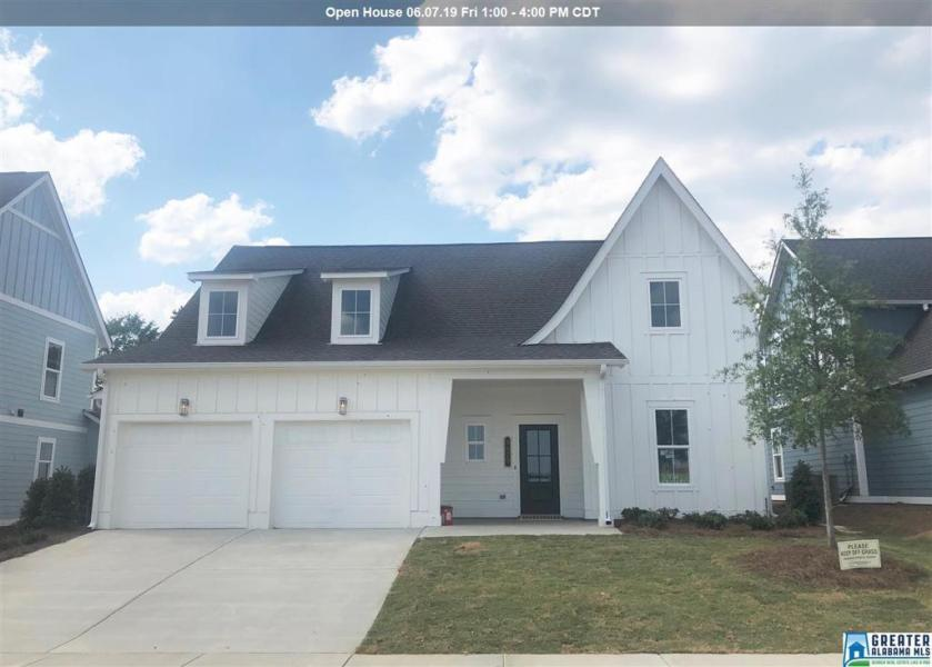Property for sale at 3029 Iris Dr, Hoover,  Alabama 35244