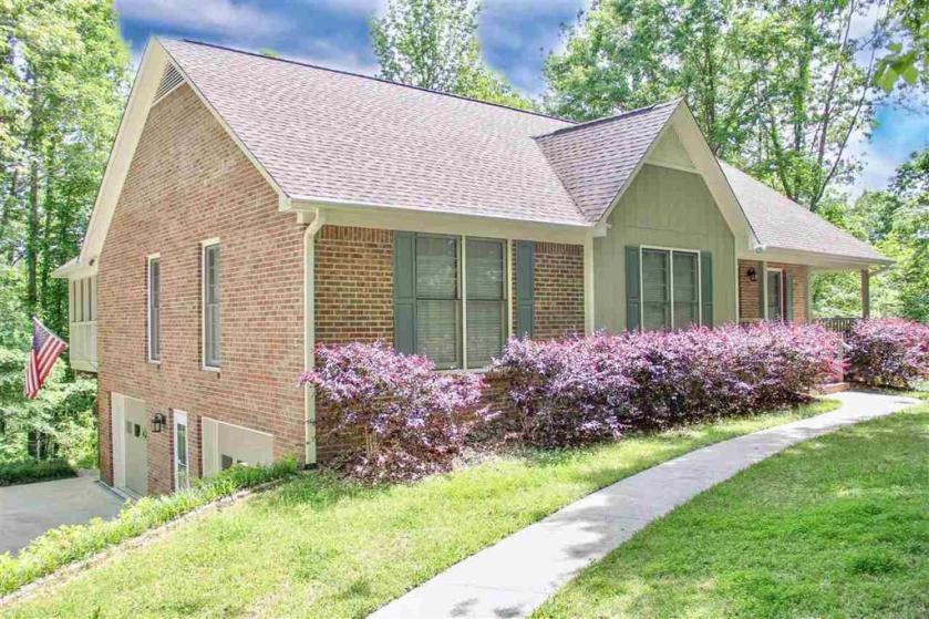 Property for sale at 22 Trishstanmick Dr, Brierfield,  Alabama 35035