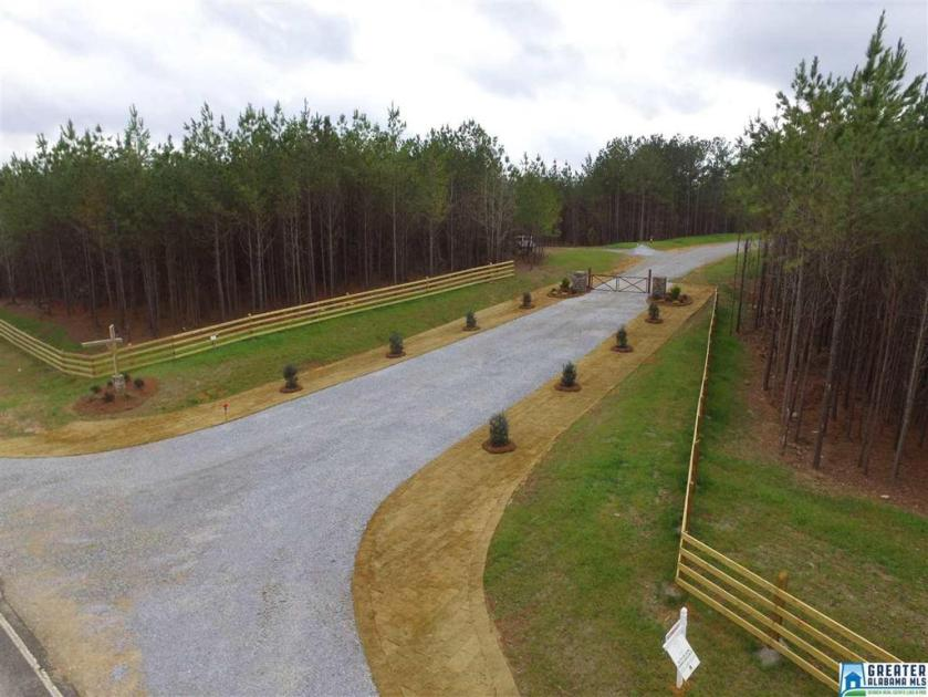 Property for sale at 727 Hwy 69 Unit 6, Chelsea,  Alabama 35043