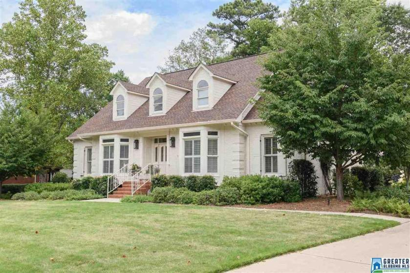 Property for sale at 552 Oakline Dr, Hoover,  Alabama 35226