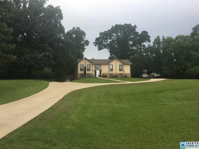 Property for sale at 14001 Hwy 25, Calera,  Alabama 35040