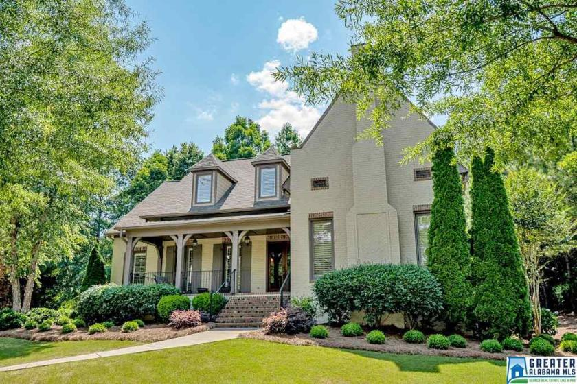 Property for sale at 5631 Lake Trace Dr, Hoover,  Alabama 35244