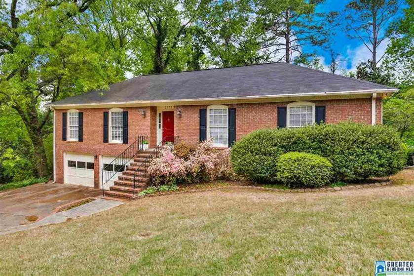 Property for sale at 3773 White Ln, Hoover,  Alabama 35216