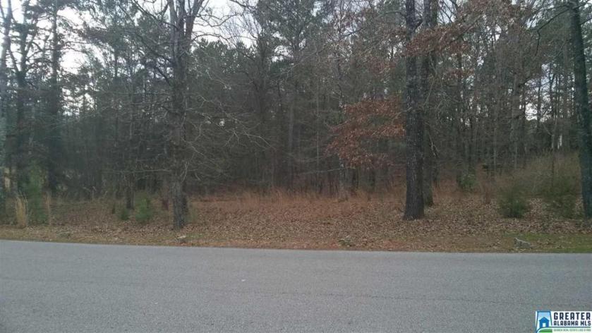 Property for sale at 105 Saddle Lake Dr Unit 52, Alabaster,  Alabama 35007