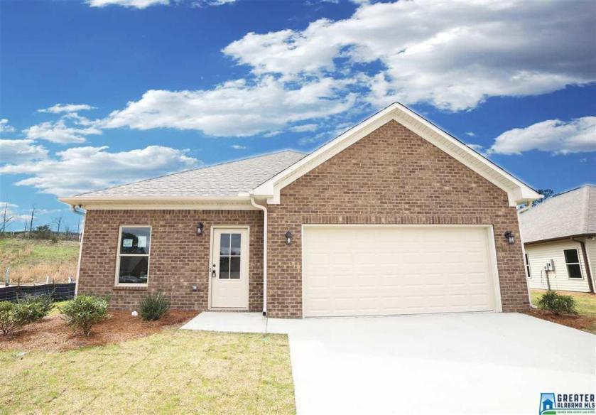 Property for sale at 137 Shiloh Creek Dr, Calera,  Alabama 35040