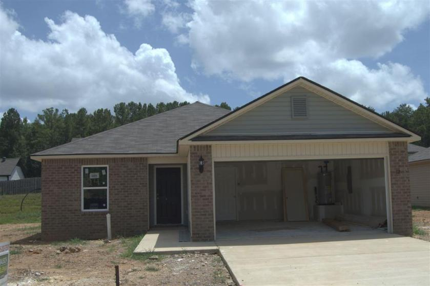 Property for sale at 311 Maggie Way, Calera,  Alabama 35040