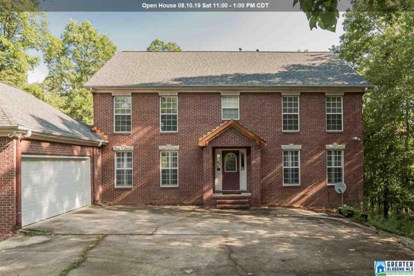 Property for sale at 2404 Taralane Trl, Vestavia Hills,  Alabama 35216