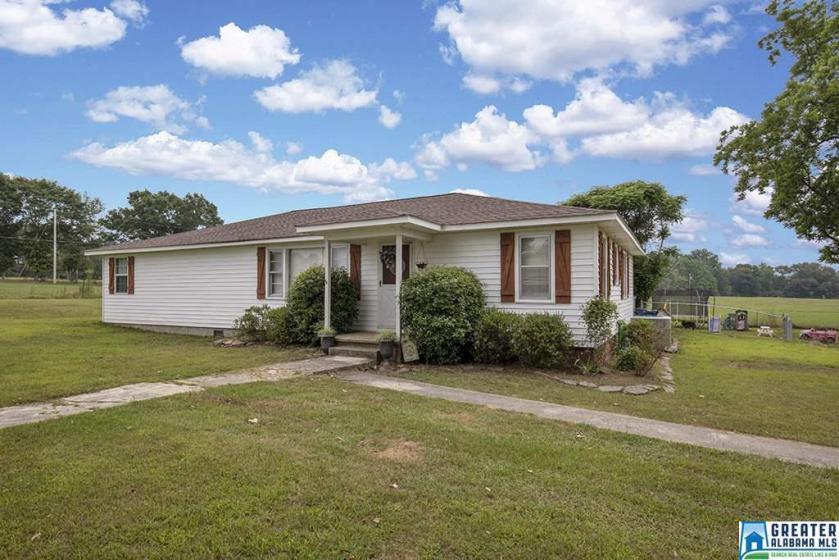 Property for sale at 622 Ridgeway Rd, Altoona,  Alabama 35952