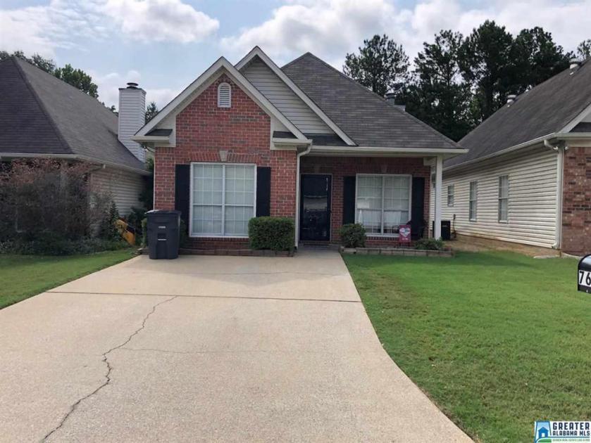 Property for sale at 7608 Spencer Ln, Helena,  Alabama 35080