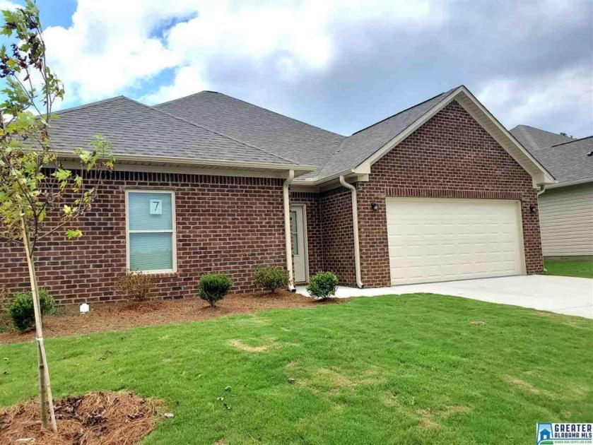 Property for sale at 125 Shiloh Creek Dr, Calera,  Alabama 35040