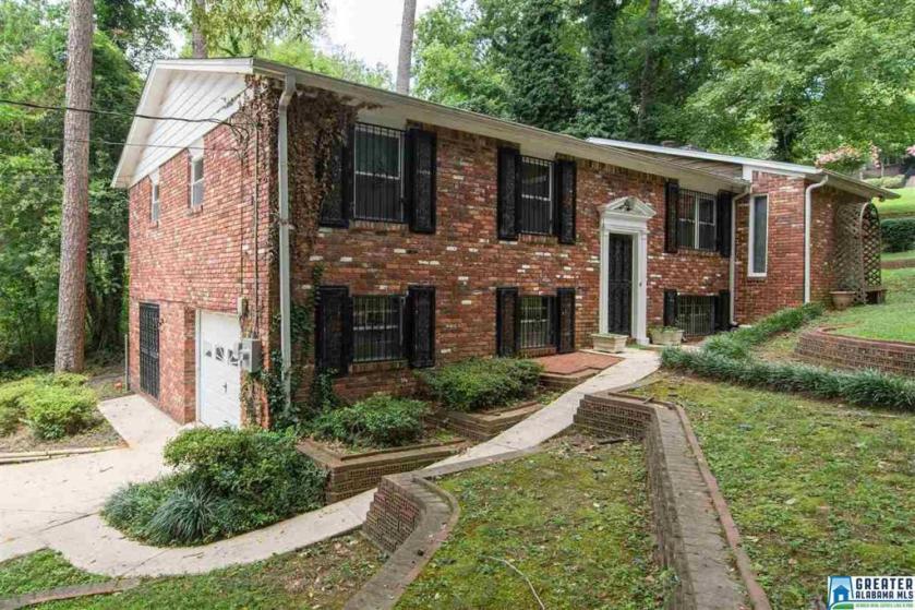 Property for sale at 1739 Saulter Rd, Homewood,  Alabama 35209