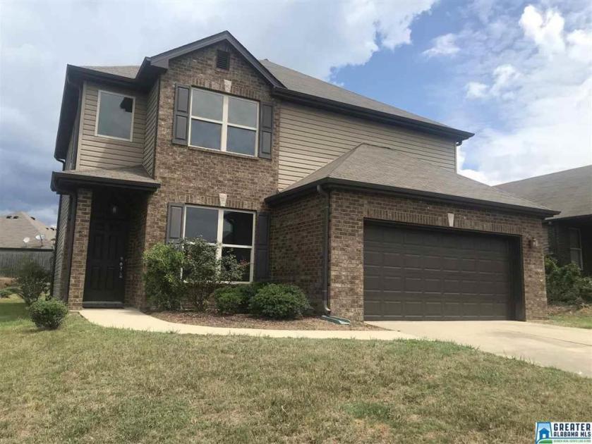 Property for sale at 1229 Kensington Blvd, Calera,  Alabama 35040