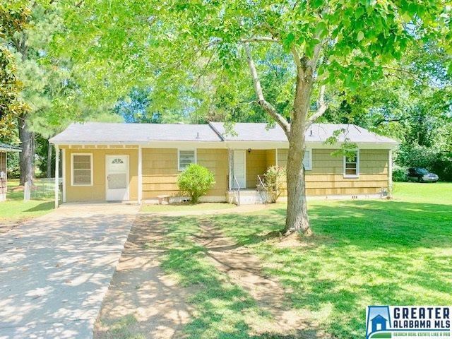 Property for sale at 1718 21st Ave, Calera,  Alabama 35040