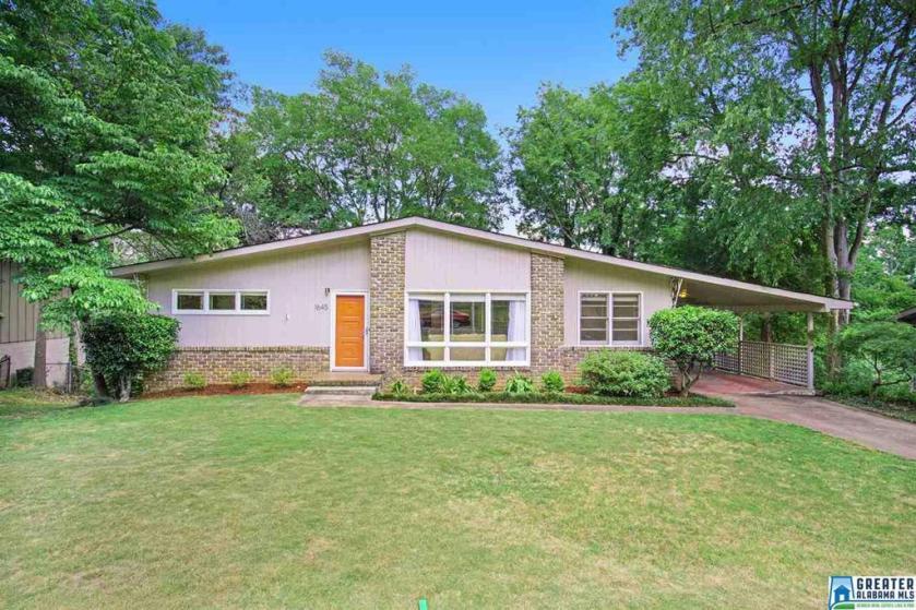 Property for sale at 1645 Beckham Dr, Homewood,  Alabama 35209