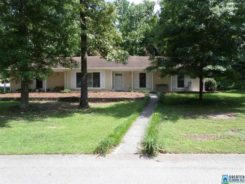 Property for sale at 1223 Siskin Cir, Alabaster,  Alabama 35007