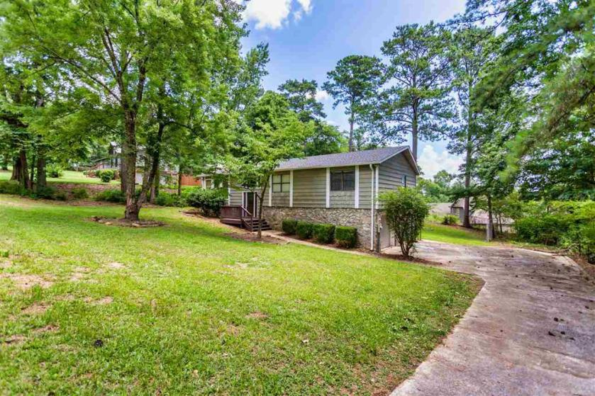 Property for sale at 3505 Ridgeview Dr, Irondale,  Alabama 35210