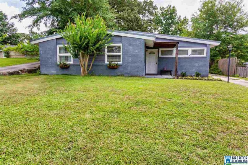 Property for sale at 129 Woodside Dr, Irondale,  Alabama 35210