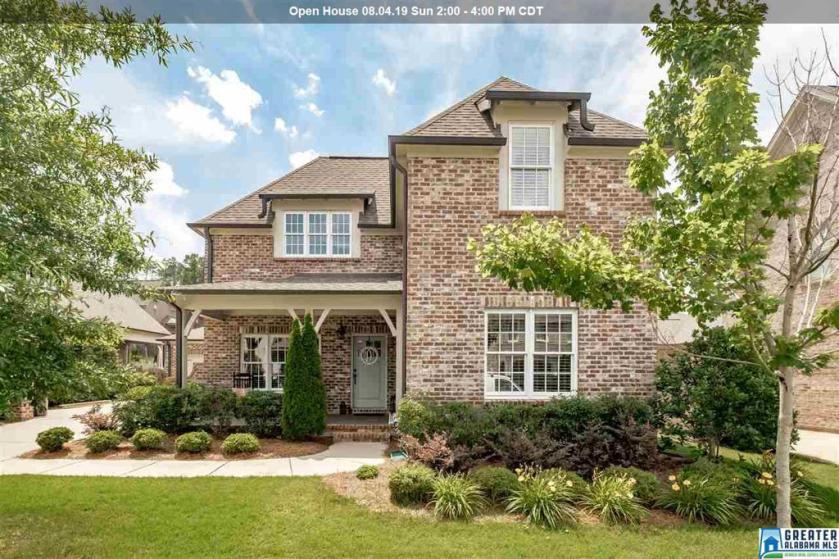 Property for sale at 693 Provence Dr, Vestavia Hills,  Alabama 35242