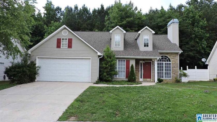 Property for sale at 145 Magnolia Cir, Columbiana,  Alabama 35051
