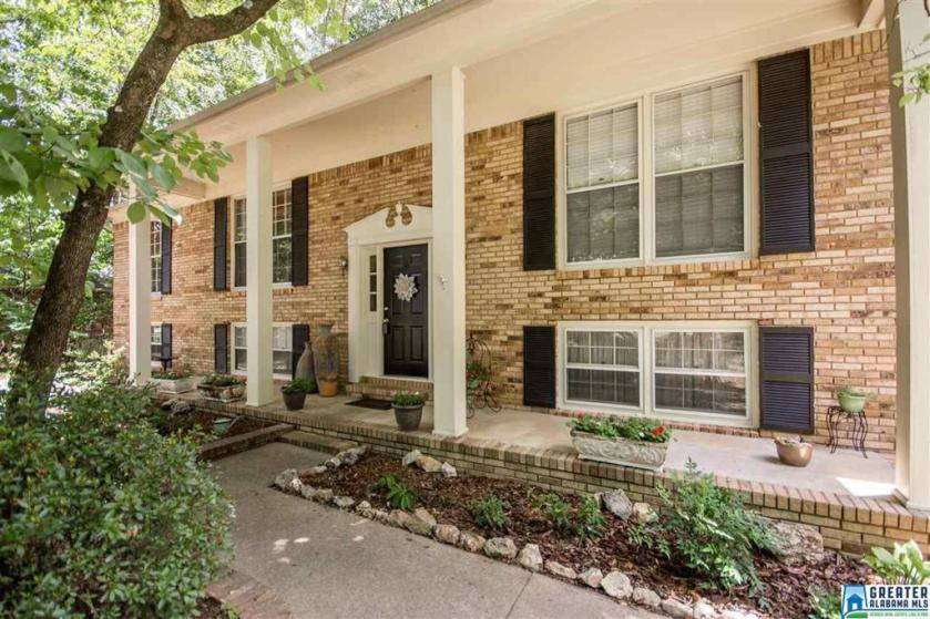 Property for sale at 5123 Colonial Park Rd, Birmingham,  Alabama 35242