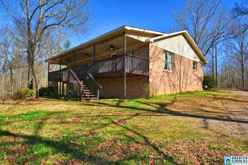 Property for sale at 259 Country Dr, Columbiana,  Alabama 35051