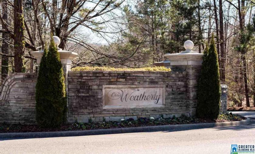 Property for sale at 104 Pemberton Pl, Pelham,  Alabama 35124