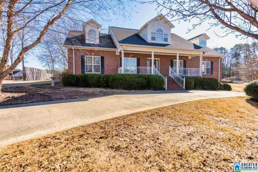 Property for sale at 113 Azalea Hills Dr, Oneonta,  Alabama 35121