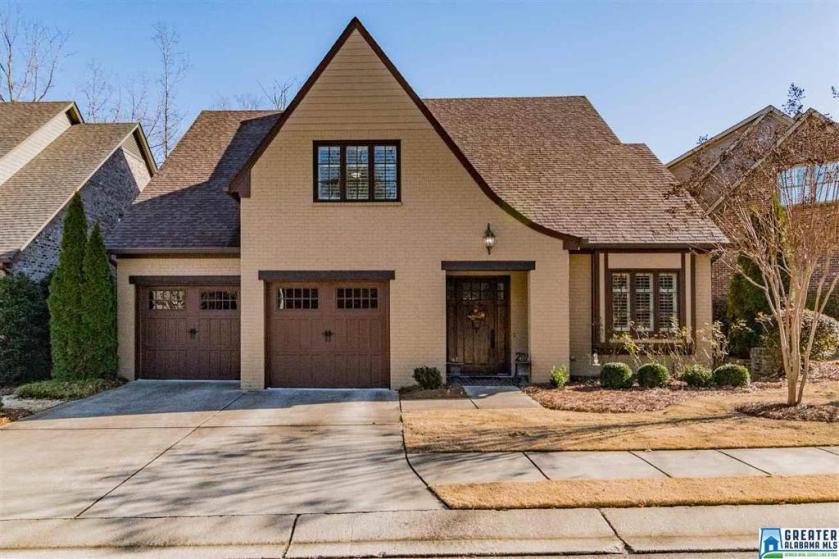 Property for sale at 945 Viridian Way, Vestavia Hills,  Alabama 35226