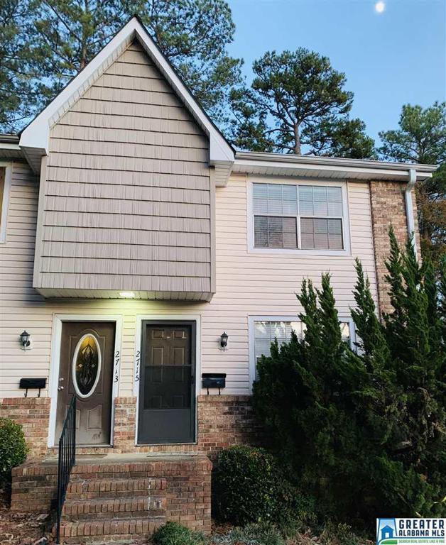 Property for sale at 2715 Southbury Cir, Vestavia Hills,  Alabama 35216