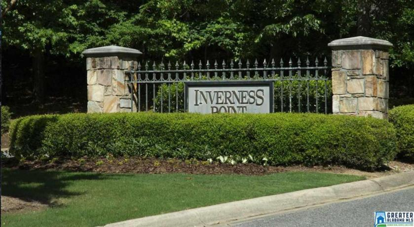 Property for sale at 2528 Inverness Point Dr Unit 1, Hoover,  Alabama 35242