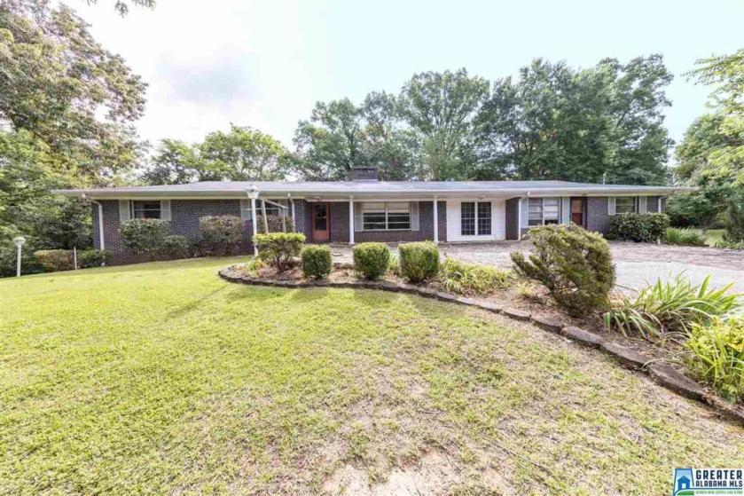Property for sale at 5454 Robin Cir, Adamsville,  Alabama 35005