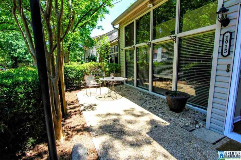 Property for sale at 1915 Chandalar Ct, Pelham,  Alabama 35124