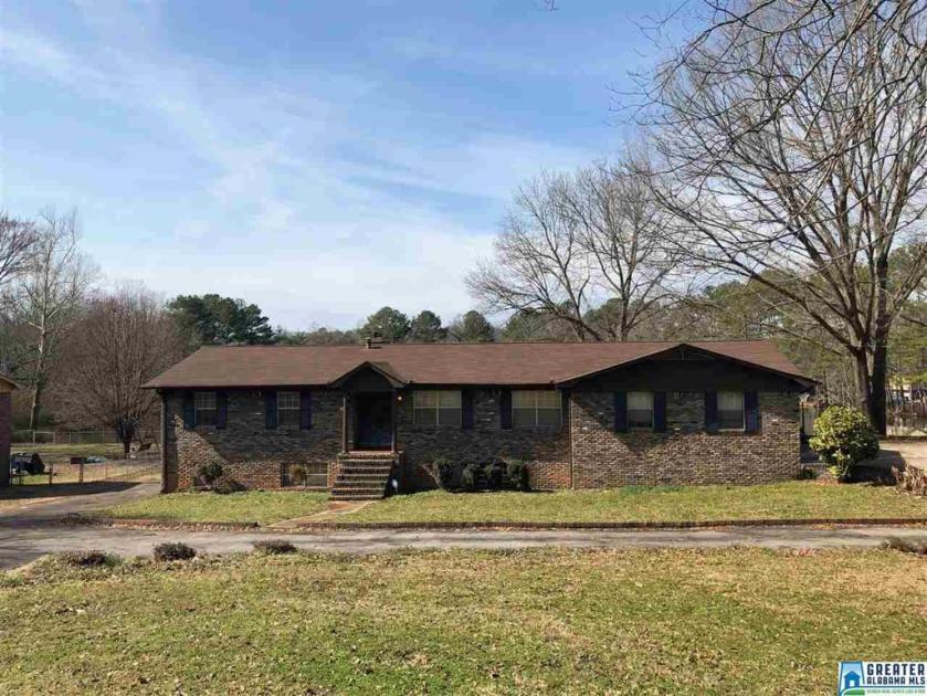 Property for sale at 1656 Old Springville Rd, Center Point,  Alabama 35215