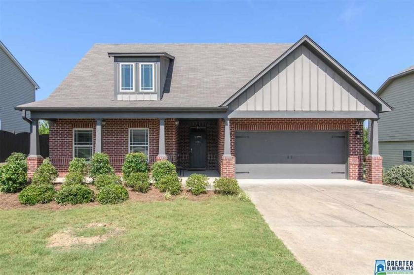 Property for sale at 169 Ashby St, Calera,  Alabama 35040