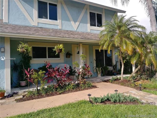 Property for sale at 5700 SW 47th St, Davie,  Florida 33314