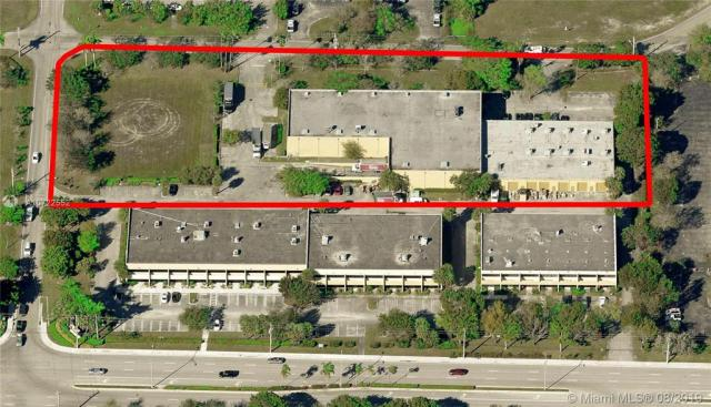 Property for sale at 11917-11929 Sample Rd, Coral Springs,  Florida 33065