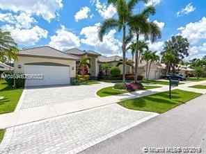 Property for sale at 2942 W Abiaca Cir, Davie,  Florida 33328