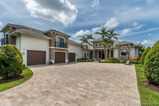 Property for sale at 11680 SW 1st Court, Plantation,  Florida 33325