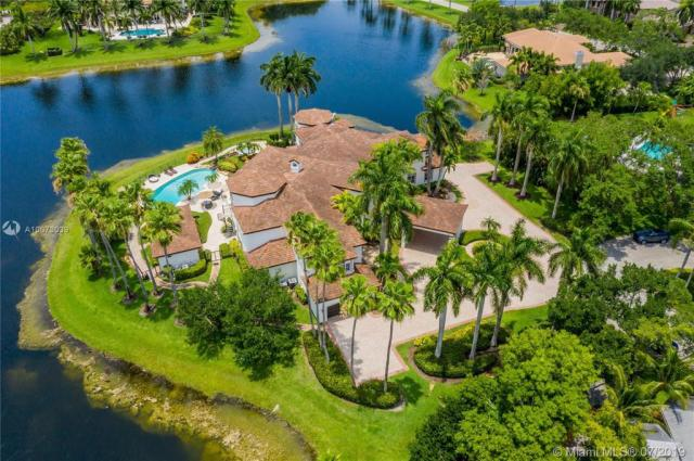 Property for sale at 2940 Paddock Rd, Weston,  Florida 33331