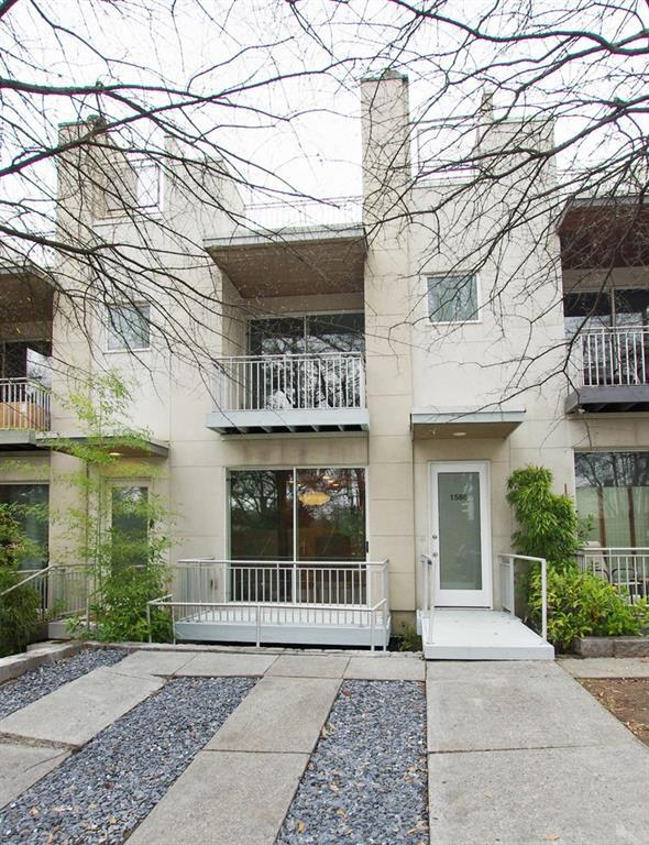 Property for sale at 1586 Tallulah Street, Atlanta,  Georgia 30318