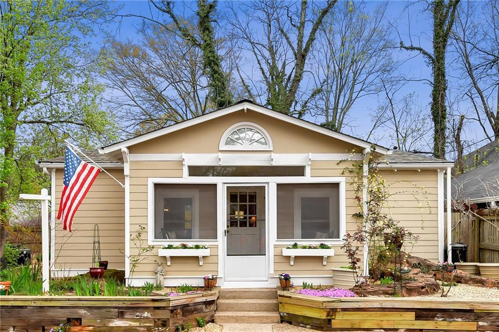 Property for sale at 209 Hampshire Avenue, Decatur,  Georgia 30030