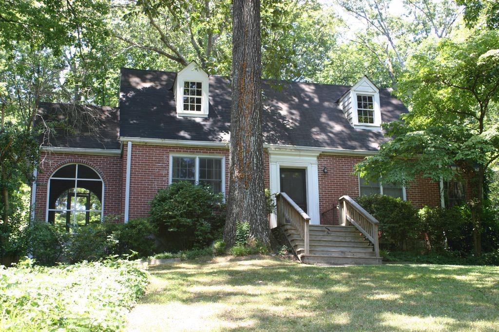 Property for sale at 3064 Dale Drive, Atlanta,  Georgia 30305