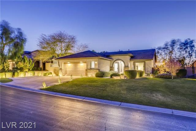 Property for sale at 7 Stonemark Drive, Henderson,  Nevada 89052