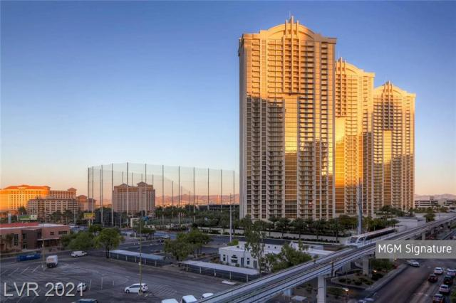 Property for sale at 135 E Harmon Avenue 2102, Las Vegas,  Nevada 89109