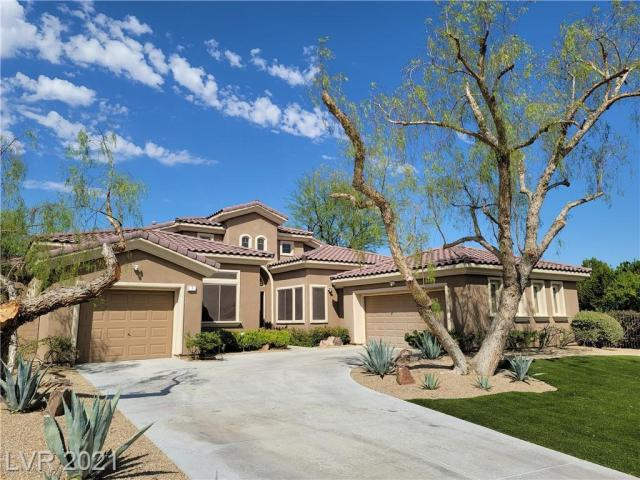 Property for sale at 3 Clear Crossing Trail, Henderson,  Nevada 89052